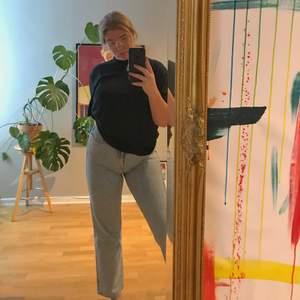Row Jeans från Weekday! Väldigt fint skick