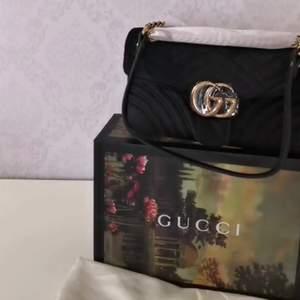 Gucci väska i100% äkta läder ingår box kvittot pose lev tid 1-7 dagar