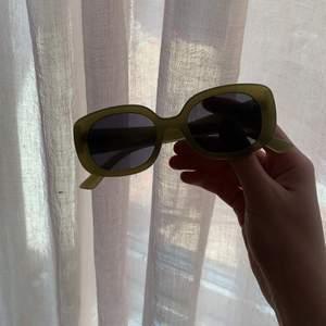 Fett coola glasögon men cool diamanter på 🦋bud givning i kommentar köp direkt för 150kr