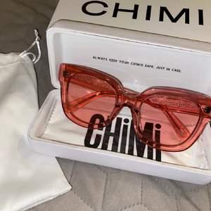 Undrar om någon vill byta modell eller färg med mina chimi 008 solglasögon💞 Öppen för de mesta.  Ingen ville byta så bud på 410kr💞 (fortf öppen för byten)