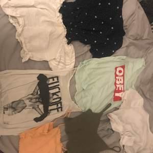 Tänkte sälja lite kläder! Knappt använt mest legat i garderoben. Olika priser på allt i storlek S.           Gröna linnet 60:- Fuck off linnet 80:- obey linnet 30:- oranga linnet 60:- blåa toppen för 60:- pch båda dom vita kostar 70:- styck + frakt då😊
