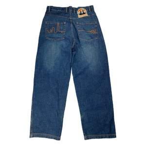 Vintage baggy jeans från 90-tals märket Mecca!