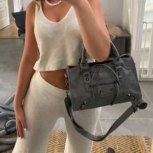 """Balenciaga"""" väskan på se inlägget innan 😍😍"""