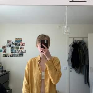 Jättefin linneskjorta i riktigt bra material