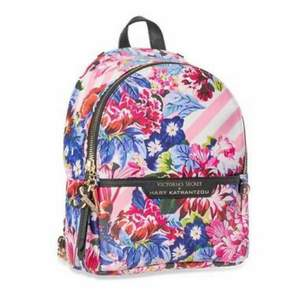 NY SKICK, mini backpack från Victoria's Secret x Mary  Katrantzou kollektionen, såldes i begränsat antal, köparen står för frakten
