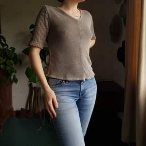 Retro tröja från Kappahl. 🌻🌼 Passar XS-M. I fint skick. Först till kvarn! +frakt 66kr 💫