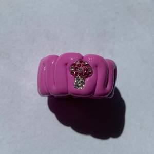 En mönster ring i bubblegum färg & en mini 🍄💓 !!!