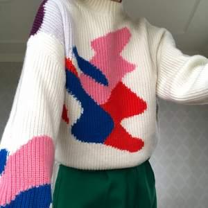 Underbar stickad tröja från other stories, liten fläck som knappt syns💙💚