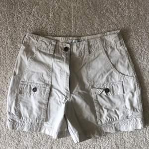 Shorts storlek 34 Köpare står för eventuell frakt<3