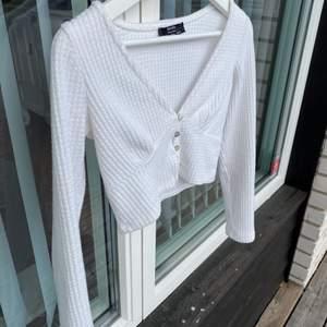 Sjuk fin tröja oanvänd 🤍köparen står för frakten