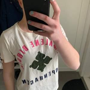 En fin tshirt från Marlene Birger. Aldrig använt.