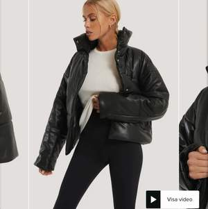 Säljer nu min Na kd jacka som jag inte fått användning av då jag köpt andra jackor, fin fint skick köpt för 800 i vintras.