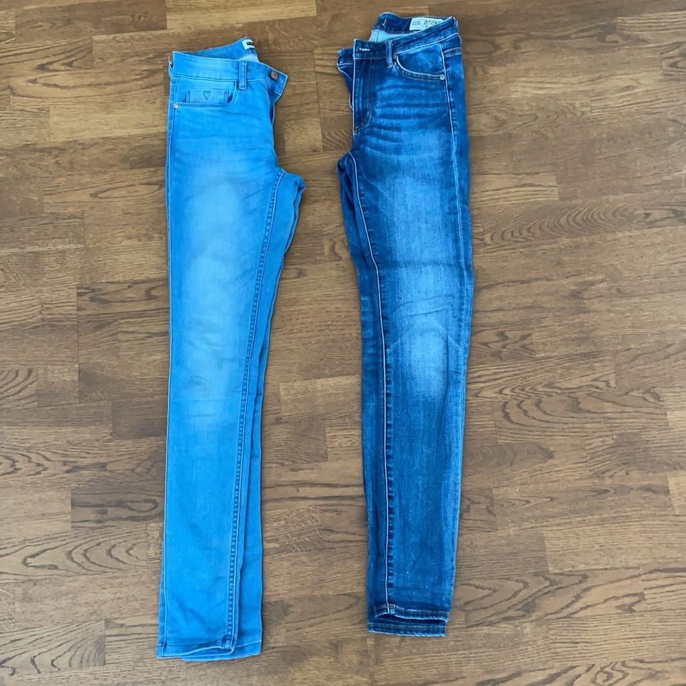 Blåa jeans 30krst eller båda för 50kr. Jeans & Byxor.