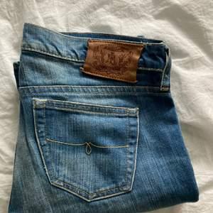 Lågmidjade jeans !!  Jag är 165 och bär vanligtvis Xs i jeans 💙💙 200+frakt