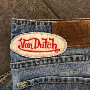 Säljer mina underbara utsvängda / flare / bootcut jeans från Von Dutch! 💗 Frakt 66 kr