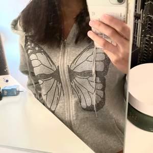 Superfin grå zip-hoodie, storlek S