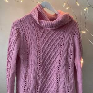 Rosa stickad tröja från Hampton republic Använd men bra skick 30kr + frakt