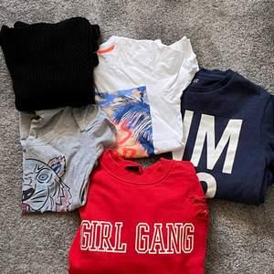 Här är 5 stycken super sköna och snygga tröjor som går att styla till massor utav kläder! Du kan köpa alla tröjor för 200 kr eller en tröja runt 50 - 60 kr, men pris kan diskuteras. Skriv vid fler bilder. Det är inga slitningar utan allt är o fint skick! Säljer då det är för litet och vill att dem ska få ett nytt hem! Den röda tröjan kan passa en S resten kan passa en xs eller xxs