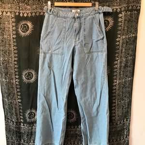 Jeans från forever 21 storlek 28