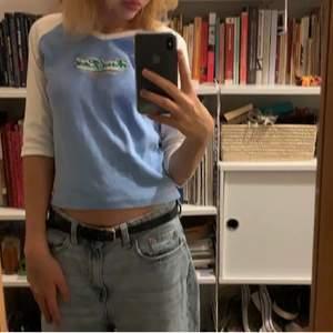 säljer den här as valla hard rock café tröjan på nytt! Köparen står för frakt❤️