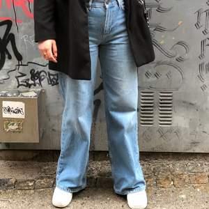 Säljer nu mina jeans junkyard jeans då jag inte längre får någon andvändning av dom. Så gott som nytt skick! Säljer dom för 250kr + frakt 💕