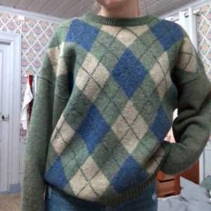 Jättefin argyle sweater 💋 köpt second hand💘 budet ligger på 200, buda i kommentarerna!