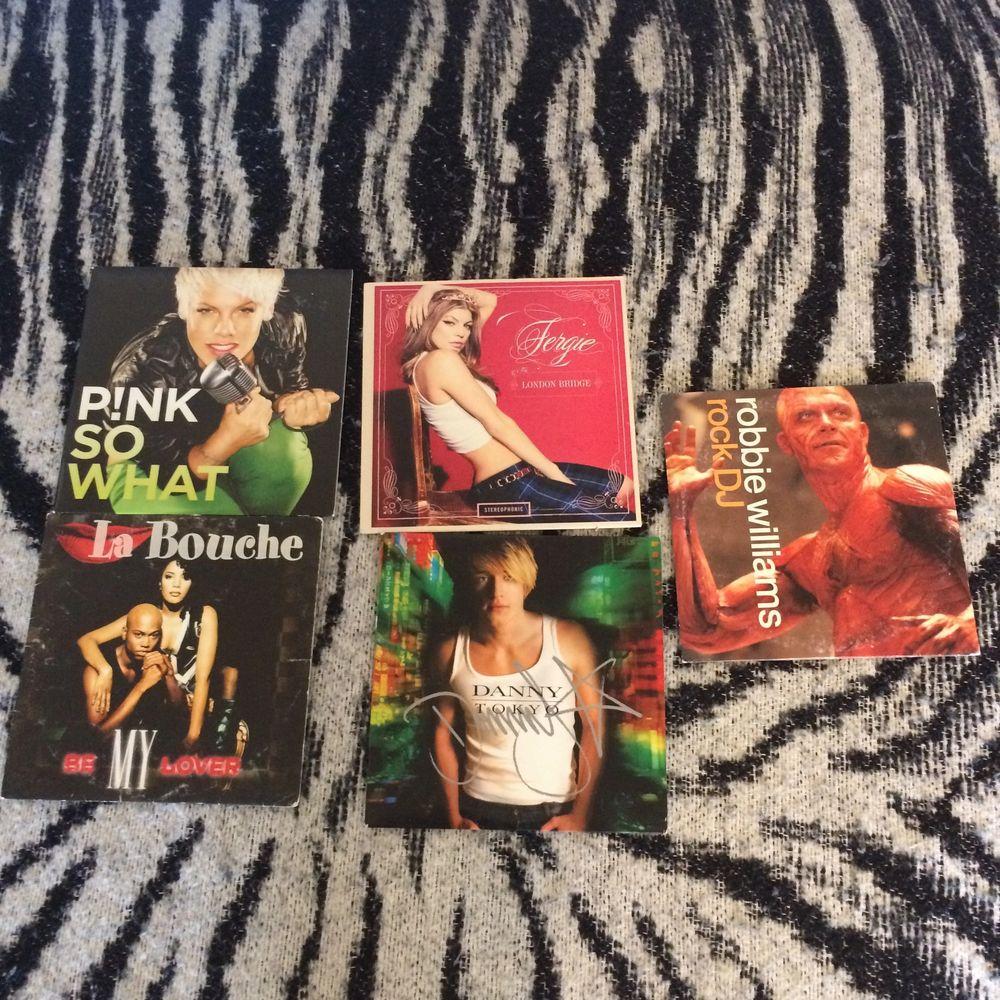 CD skivor olika genre, i fint skick. Säljer för de inte används. Jag tar swish betalning och skickar efteråt. Skickar även kort. . Övrigt.
