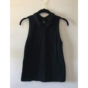 Svart spetslinne från TOPSHOP, fint med highwaist shorts/kjol