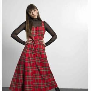 Fett cool grunge klänning. Helt oanvänd, handsydd!