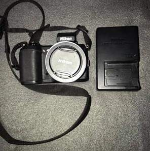 Hardly used, great condition. Comes with memory card.
