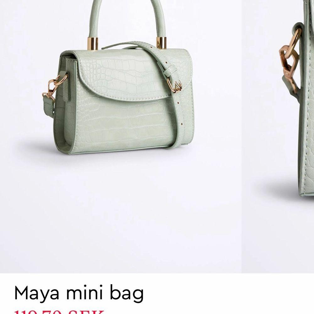 Jag söker den här väskan från Gina, skriv om du har och vill sälja🥰. Accessoarer.