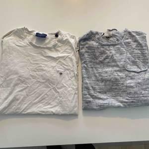 Från vänster: Vit t-shirt (ostruken) från Gant. Fint skick!  Långärmad t-shirt från Dressman i väldigt fint skick.