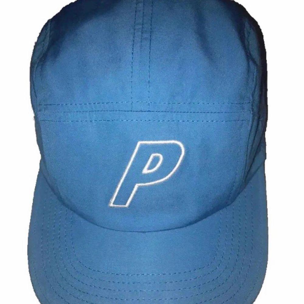 Palace Baby blue keps, Aldrig använd, Strl S/M, Äkta, Buda!!. Accessoarer.