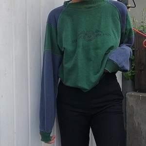 vintage hugo boss sweatshirt i storlek M, bra skick 🦋 oversized (KÖP DIREKT FÖR 500)