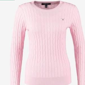 Ljusrosa stickad gant sweatshirt i  mycket bra skick. Storlek M men passar även S