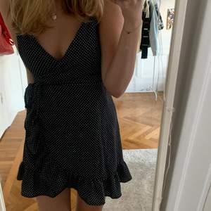 Säljer denna söta klänning! Inga fel och är knappt använd 💕