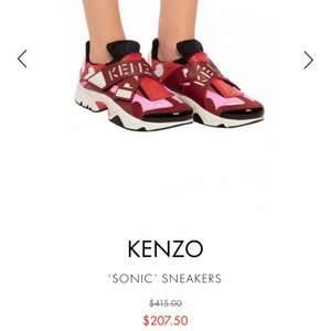 Kenzo skor som ej kommer till användning stolen 37 sååå fina🤍🤍 köparen står för frakten! jag har dustbag o boxen kvar:) nypris ca 1700kr