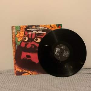 Cool LP skiva med ett omslag som garanterat ingen annan har.