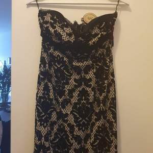 Superfin klänning.Köpt på Mango.Använd en gång.strl S