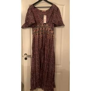 En klänning från indiska, skriv vid intresse 💕