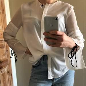 Skjorta i använt skick!🤗