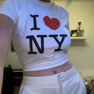 Trendig I love NY tröja! I strl S