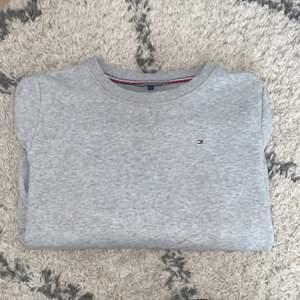 Snygg, stilren sweatshirt
