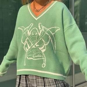 (Lånade bilder) En jättefin heaven can wait tröja. Säljer pågrund av att det inte är min stil. Skriv privat för fler bilder💓