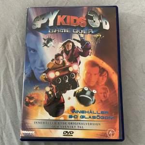 Säljer spy kids filmen som dvd skiva!! Är även i 3D