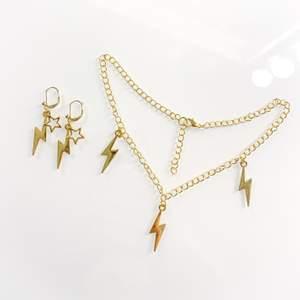 ❌SLUTSÅLT❌ Blixthalsband och örhängen som går att få utan stjärna eller med silvrig stjärna🌟                                                Örhängen - 50kr inklusive frakt⚡️                                    Halsband - 70kr inklusive frakt⚡️⚡️⚡️