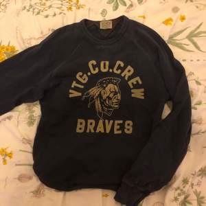 Superfin vintage sweatshirt köpt second hand. Säljer pga brist på användning💖