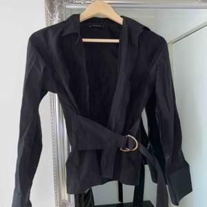 Fin skjort/blus från trendyol som jag köpte från Nakd, skriv för fler bilder 🌸
