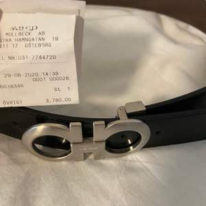 Ferragamo bälte köpt för 3780kr för 3 veckor sedan, cond 9/10 storlek 29-32