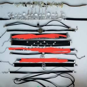 10 chokers och 2 halsband, säljer helst alla tillsammans, alla för 120kr eller 20kr/st                      fri frakt